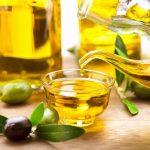 Hướng dẫn sử dụng dầu oliu làm trắng da mặt