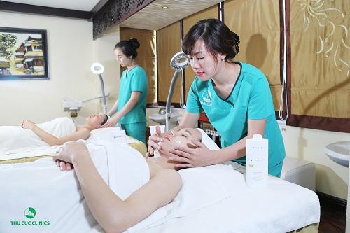 Chăm sóc da tại Thu Cúc, khách hàng  hài lòng về chất lượng dịch vụ.