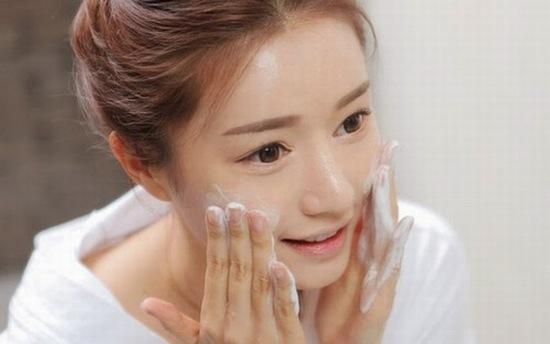 Lựa chọn kem dưỡng ẩm chiết xuất từ thiên nhiên để tốt nhất cho da