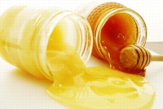 Nhiều nghiên cứu khoa học đã chỉ ra rằng, sử dụng sữa ong chúa đúng cách hàng ngày là một trong những cách ngăn ngừa ung thư hiệu quả