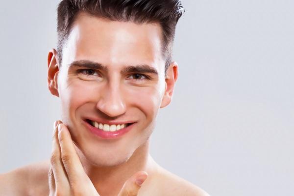 Chăm sóc da tốt hỗ trợ cho việc trị mụn và vết thâm