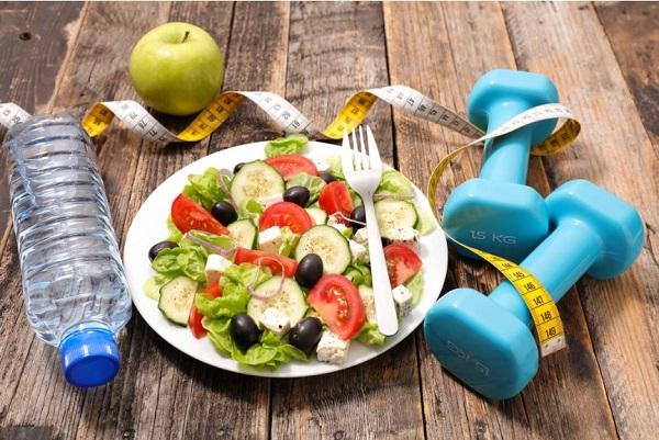 Ăn kiêng hỗ trợ giảm mỡ đùi cấp tốc