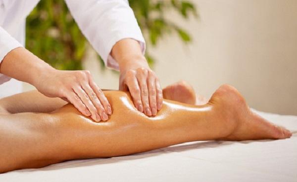 Massage đểgiảm size bắp chân 4cm