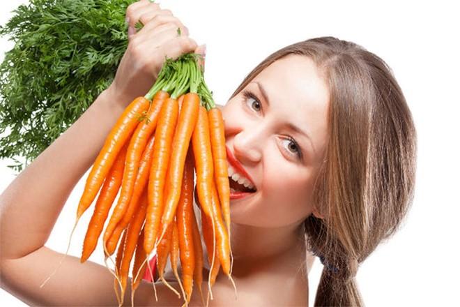 Trị thâm môi bằng mặt nạ cà rốt
