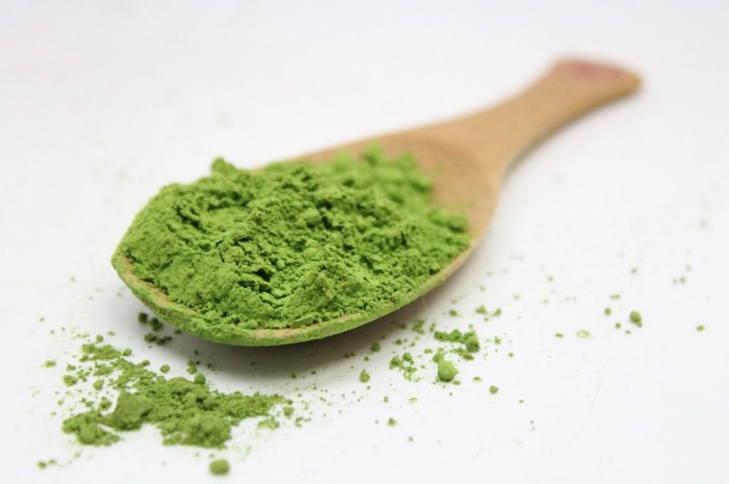 Bột trà xanh có tác dụng chăm sóc da rất tốt