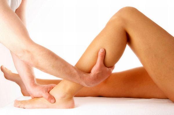 hút mỡ chân có nguy hiểm không