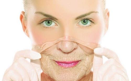 Ở độ tuổi 30, làn da phụ nữ sẽ phải đối mặt với nhiều dấu hiệu lão hóa, da sạm nám, xỉn màu, tàn nhang, vết chân chim...  Chăm sóc làn da thế nào?