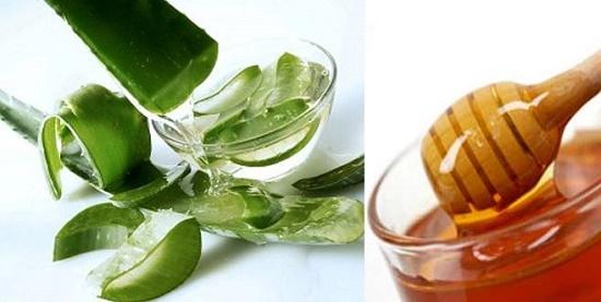 Trộn mật ong với nha đam với liều lượng hợp lý là bạn đã có món ăn trị mụn từ nha đam