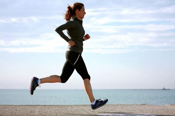 Tập thể dục hàng ngày giúp khắc phục bắp chân to