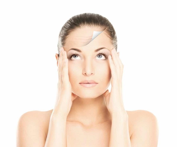 Tẩy tế bào chết hóa học giúp bạn có được làn da trẻ hơn